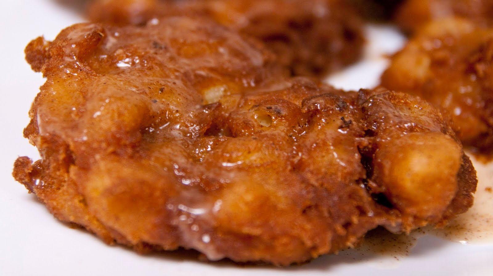 A Blog About Food: Glazed Apple Fritters