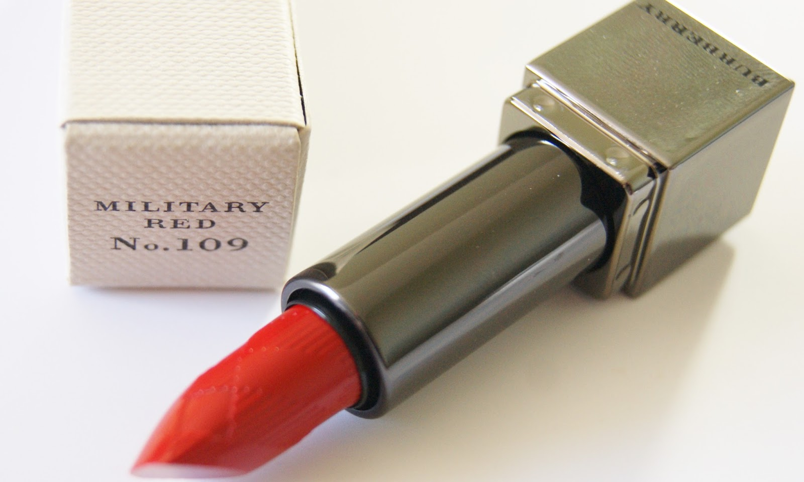 Burberry Kisses Lipstick in 109 Military Red
