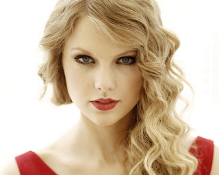 Download lagu Taylor Swift - Blank Space MP3