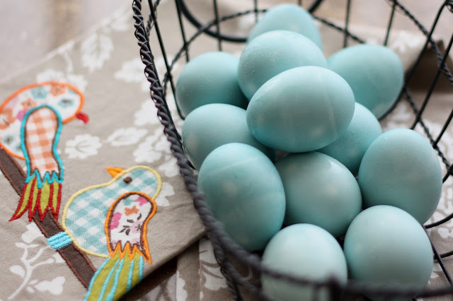 Kitchen Tips: Homemade Easter Egg Dyes recipe by Barefeet In The Kitchen