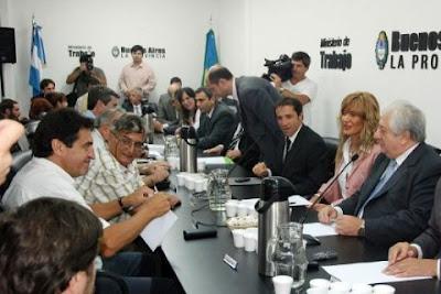 Negociación del gobierno de la provincia de Buenos Aires con los gremios estatales