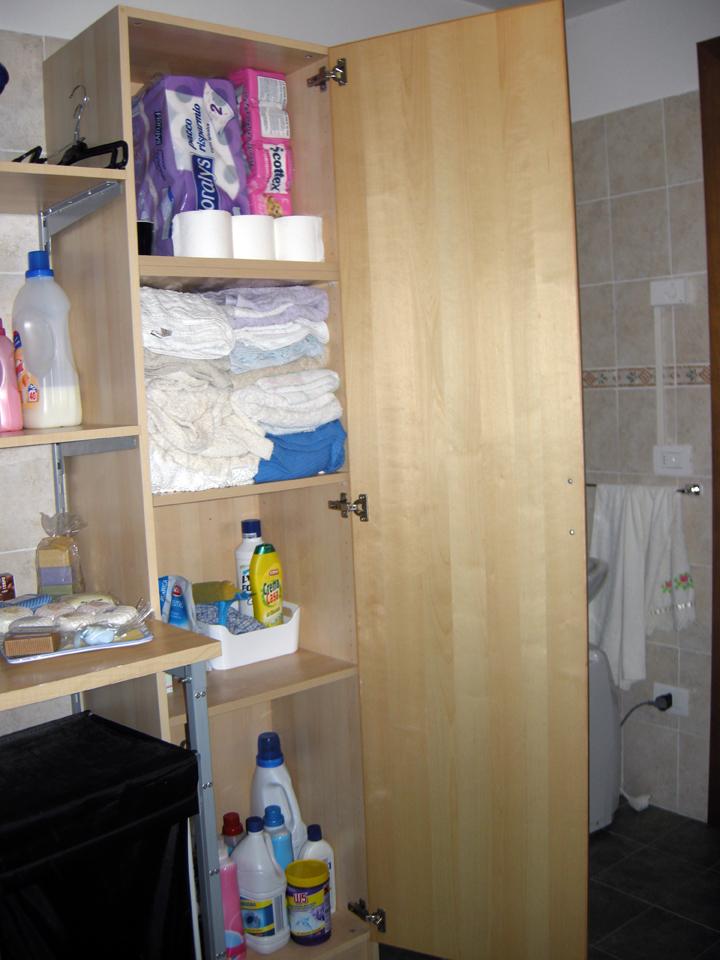 Scrapperita armadietti del bagno organizzati - Armadietti per il bagno ...