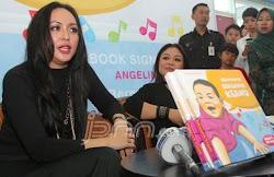 Buku ke 4 Dr. Hj. Angelina Patricia Sondakh Massaid, SE, MSi