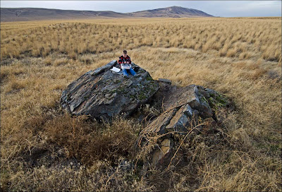 Rattlesnake Mountain ice age flood erratic.