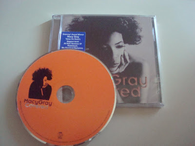Macy_Gray-Covered-2012-CR