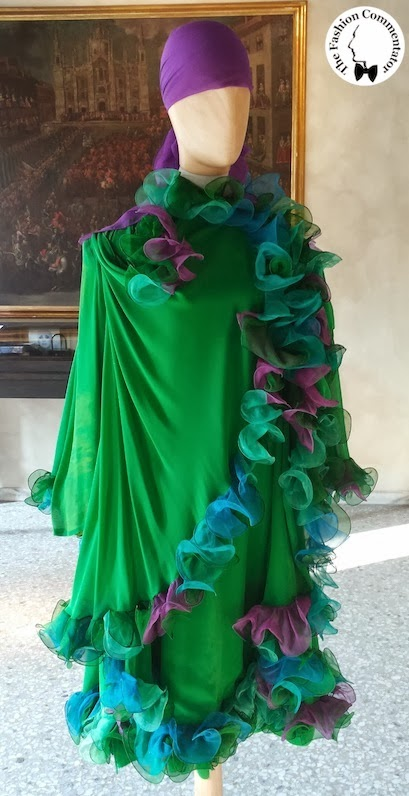Valentina Cortese - Mostra Milano - Roberto Capucci green dress
