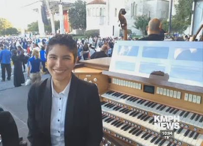 Seventh-day Adventist Woman plays organ for Pope Francis during Mass