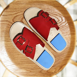 Acne Studios Bibbi Slide in Red/Blue at Notre.