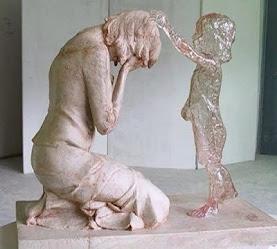 Η διακοπή εγκυμοσύνης ταυτίζεται με την γενοκτονία!