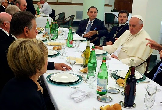 Pentecostal Leaders Visit Pope Francis to Discuss Unity