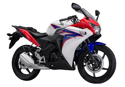 Honda CBR 150R | Spesifikasi Honda CBR 150R