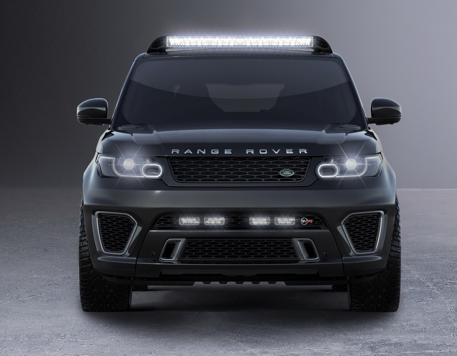 jaguar land rover 39 s trio of cars for new james bond movie. Black Bedroom Furniture Sets. Home Design Ideas