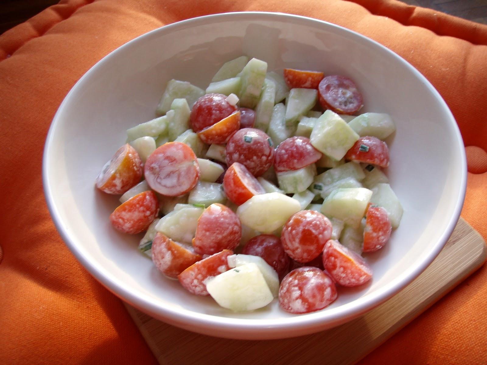 beautycareandvlogs recette healthy food salade tomates concombres. Black Bedroom Furniture Sets. Home Design Ideas