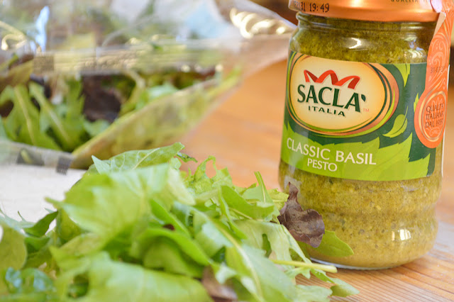 Pesto and salad for pasta