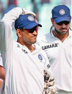 Indian cricket captain Mahendra Singh Dhoni and teammate Yuvraj Singh