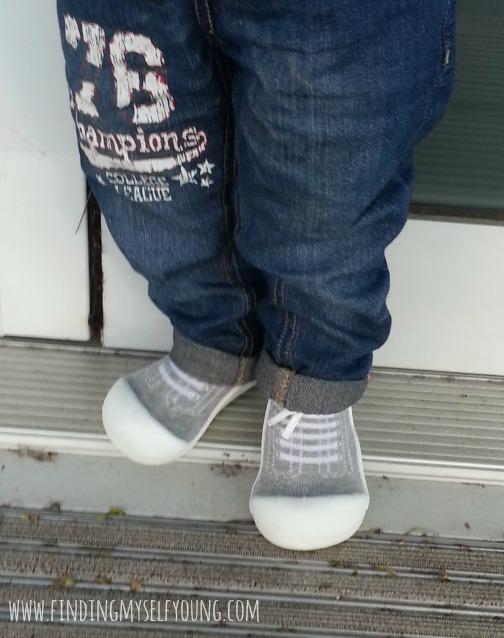 Attipas Australia grey sneakers