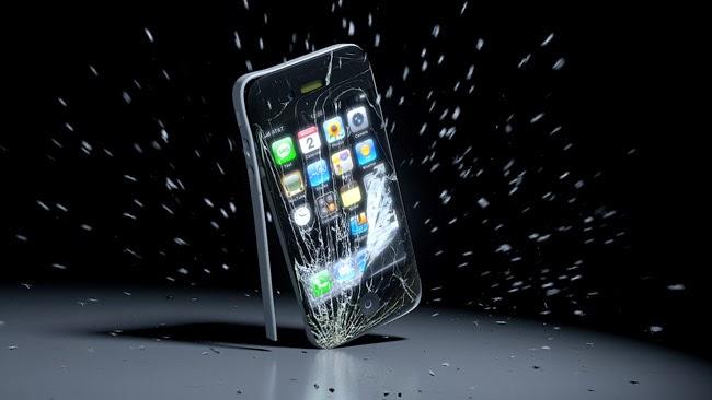 Apple تحصل على براءة اختراع جديدة لحماية الهاتف من السقوط