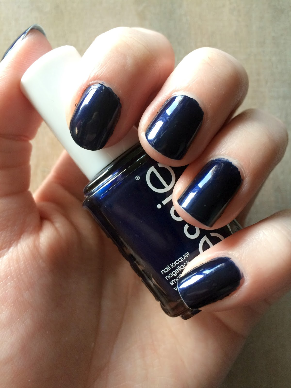 essie midnight cami nailpolish on nails swatched