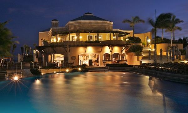 Casas lujosas villas y mansiones de lujo fotos de for Mansiones lujosas modernas