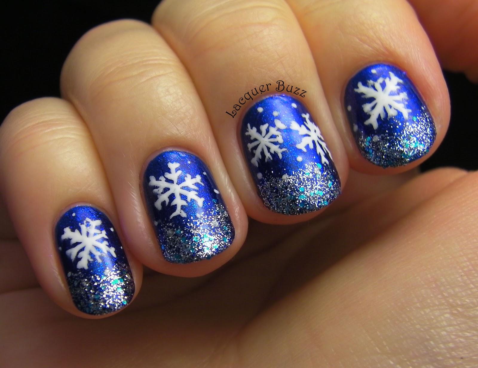 Снежинка на ногте фото