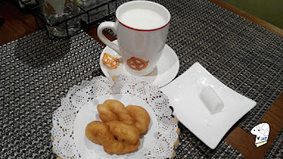 Appetiser, hot milk and wet towel