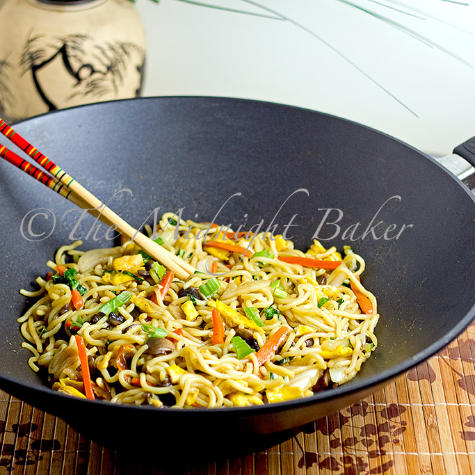 Lo mein meatless monday the midnight baker lo mein forumfinder Images