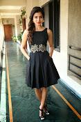Samantha glam pics in black-thumbnail-4