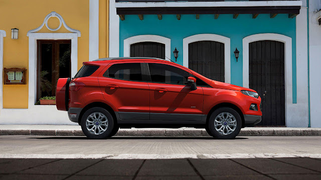Ford Ecosport side