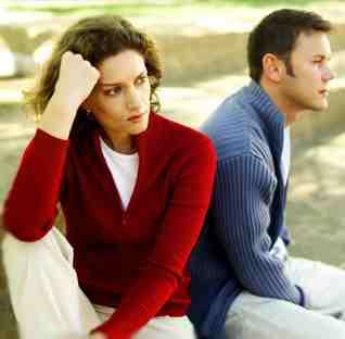 Suami Isteri Kesepian Pisah Ranjang