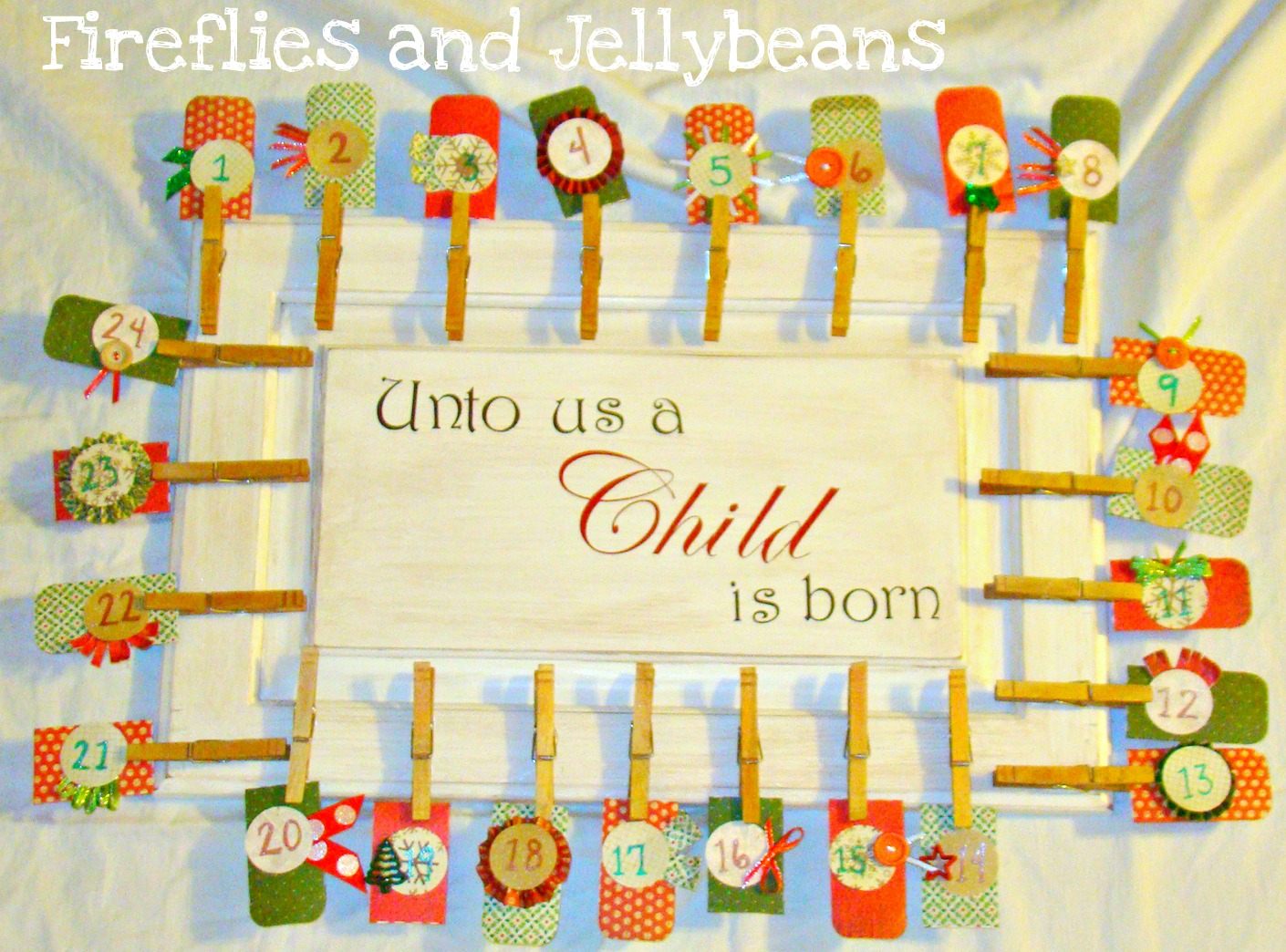 Fireflies and Jellybeans: Christmas Challenge: Advent Calendars
