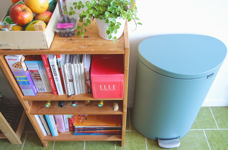 em aime brabantia relooke ma poubelle bienvenue dans ma cuisine. Black Bedroom Furniture Sets. Home Design Ideas