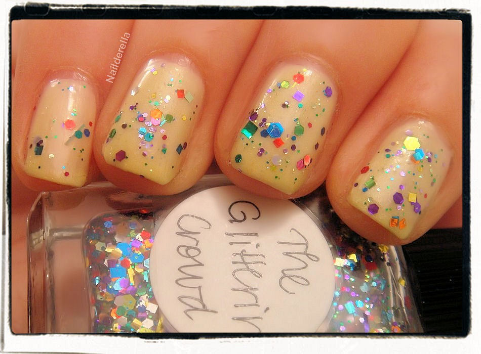 The Glittering Crowd - Nailderella