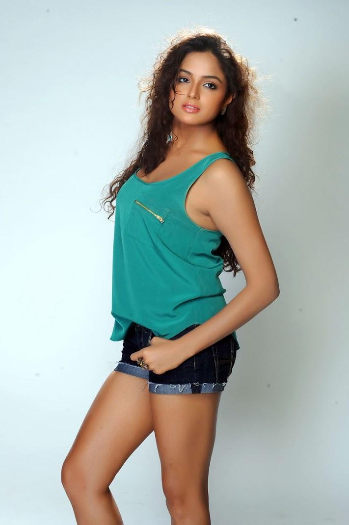 Asmita Sood Hot Pics