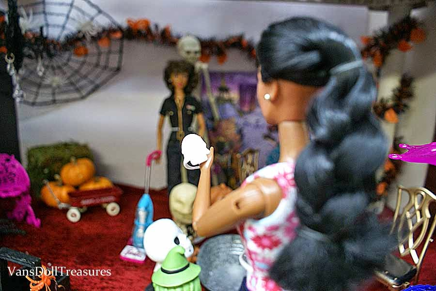 Fashion Dolls at Van's Doll Treasures: Prepping for the Halloween ...