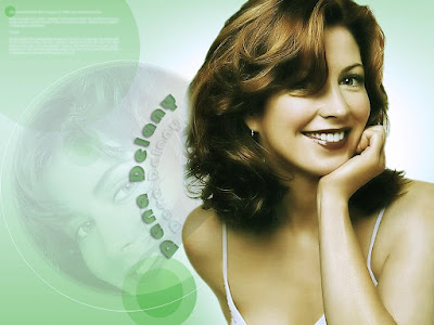 Beautiful Actress Dana Delany Wallpaper