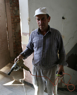 Bekir with the old hammer drill