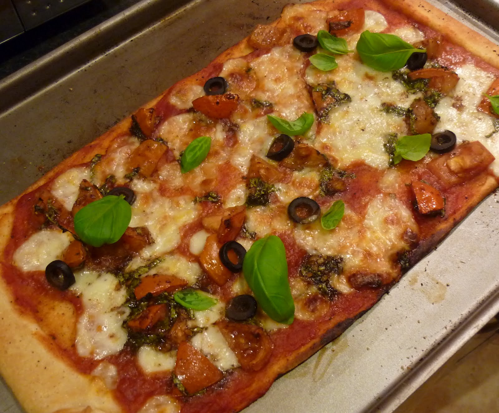 Chef Mel's Kitchen: Recipe: Perfect Pizza Margherita