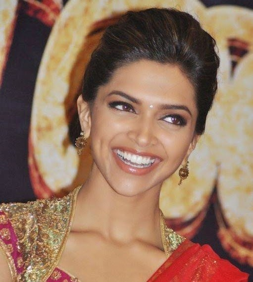 Love u Deepika!: How to : choose Deepika's lipstick 4 you!