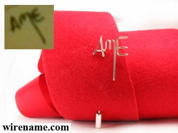 AmE paintings sign in silver wire initial pin