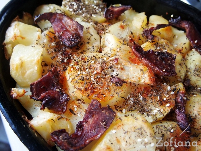 potato, ground meat and sauerkraut casserole