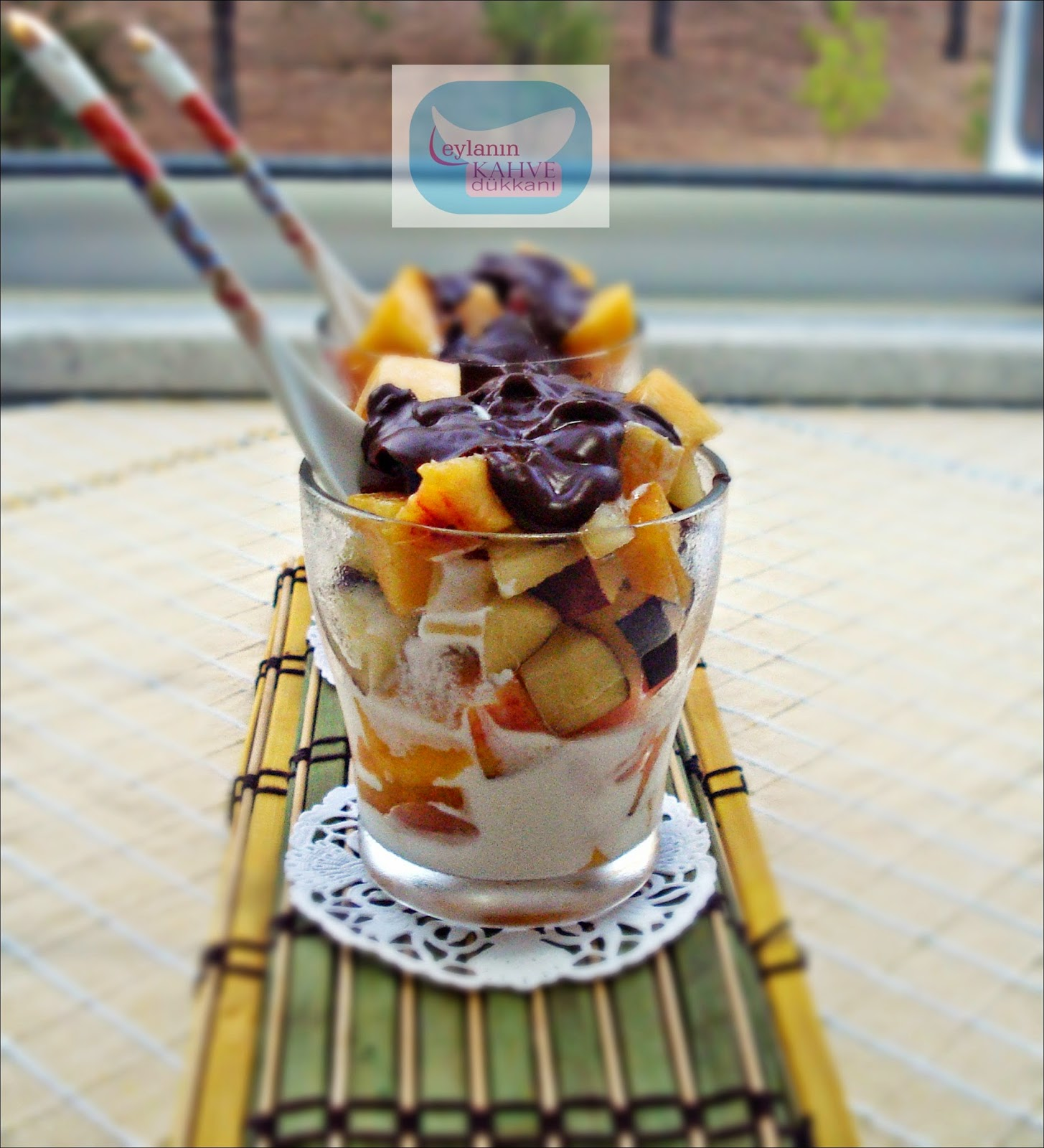 Dondurmalı Meyve Kupu