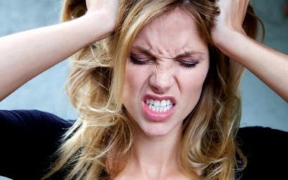 نصائح للمرأة للتخلص من العصبية الزائدة - امرأة عصبية مجنونة - angry crazy woman