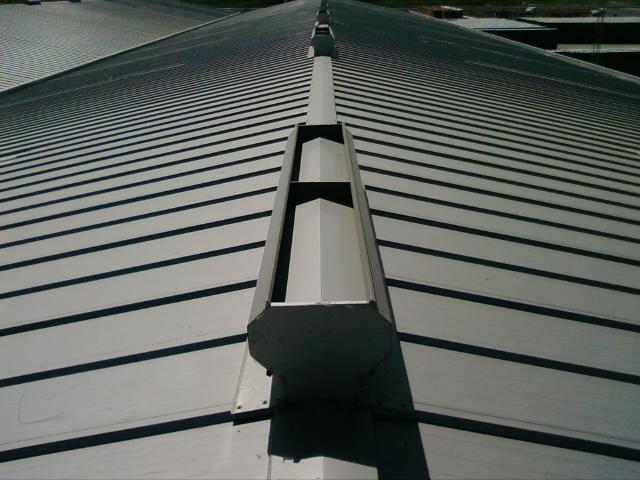 Impermeabilizaciones caballetes fotos tejados y for Tejados prefabricados