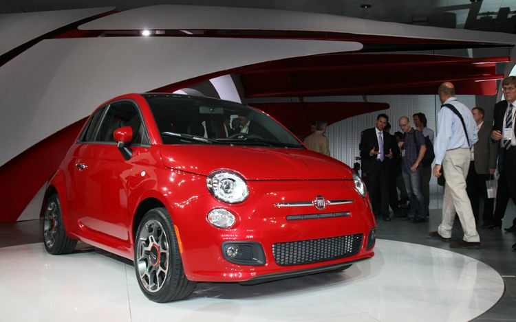 future cars concept cars future vehicle photos motor trend 2012 fiat 500. Black Bedroom Furniture Sets. Home Design Ideas