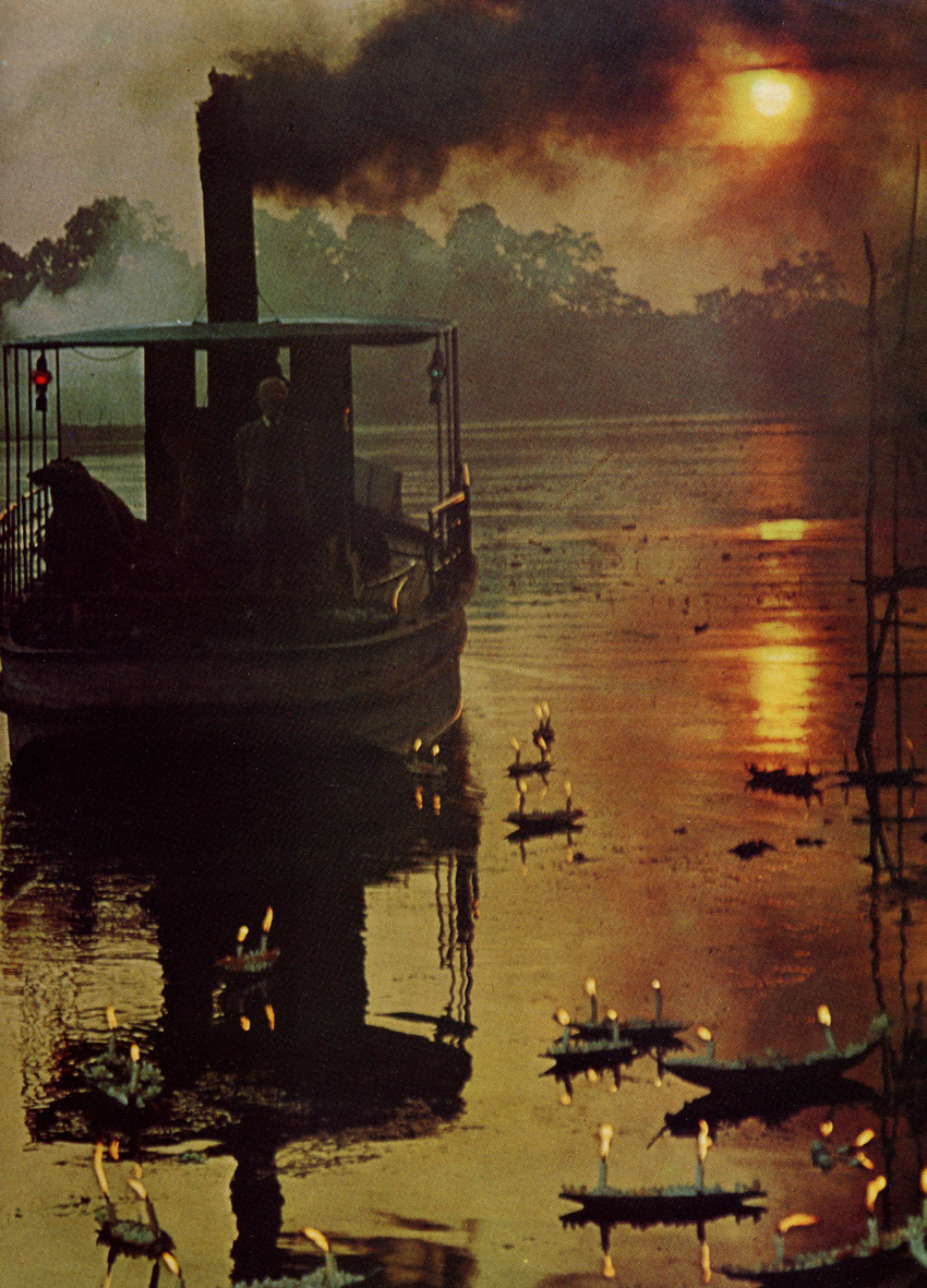 """the common aspects in conrads the heart of darkness and the movie apocalypse """"heart of darkness"""" vs """"apocalypse now"""" other aspect of these novels worthy to analyze are the themes conrad's heart of darkness and coppola's."""