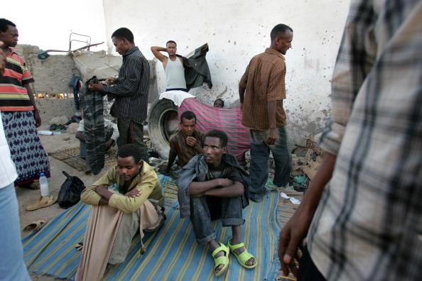 http://2.bp.blogspot.com/-L25EBXJImzc/VPOFwtoeWPI/AAAAAAAAIlM/wEUjcG8p2-4/s1600/Ethiopian%2Brefugees%2Bin%2BSomalia.jpg