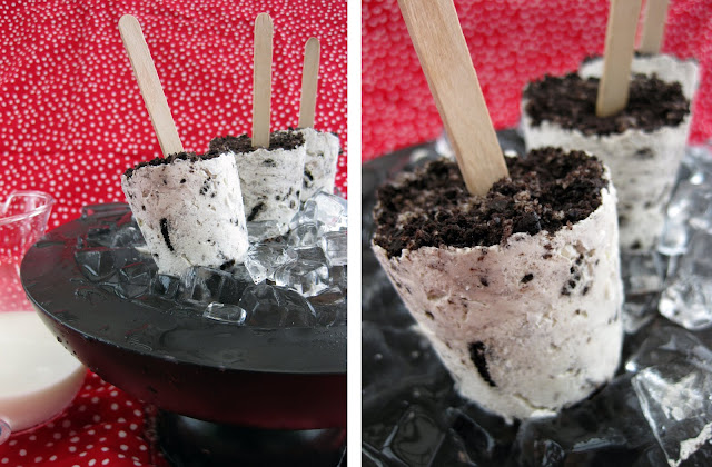 These cookie and cream pops are delicious.