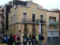 Casa a la cantonada del carrer dels Garrofers amb el carrer Maspons i Labrós. Autor: Carlos Albacete