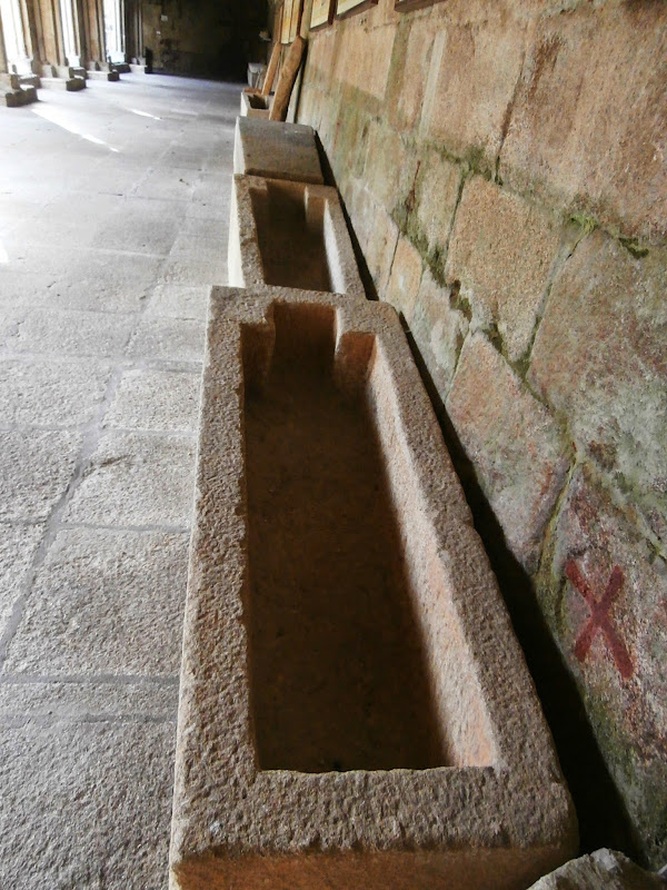 1000 lugares en galicia catedral de tui el interior for Cables pc galeria jardin