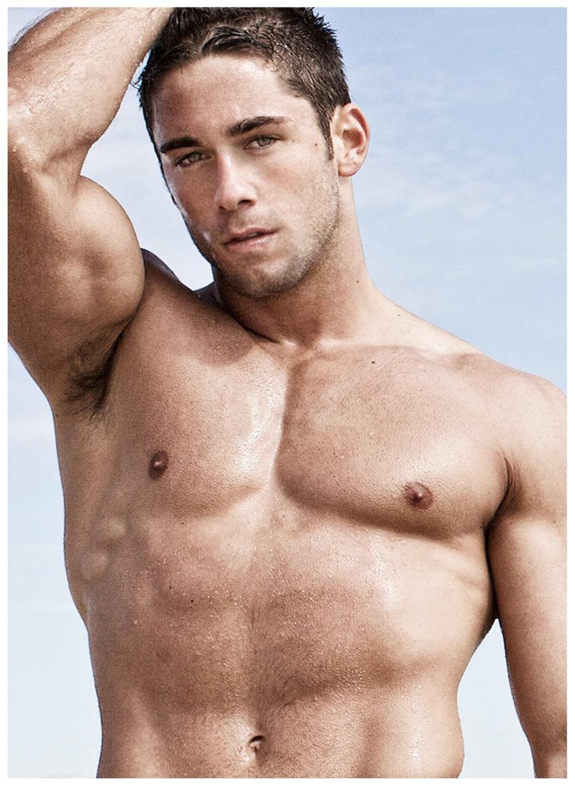 Nick Ayler Desnudo